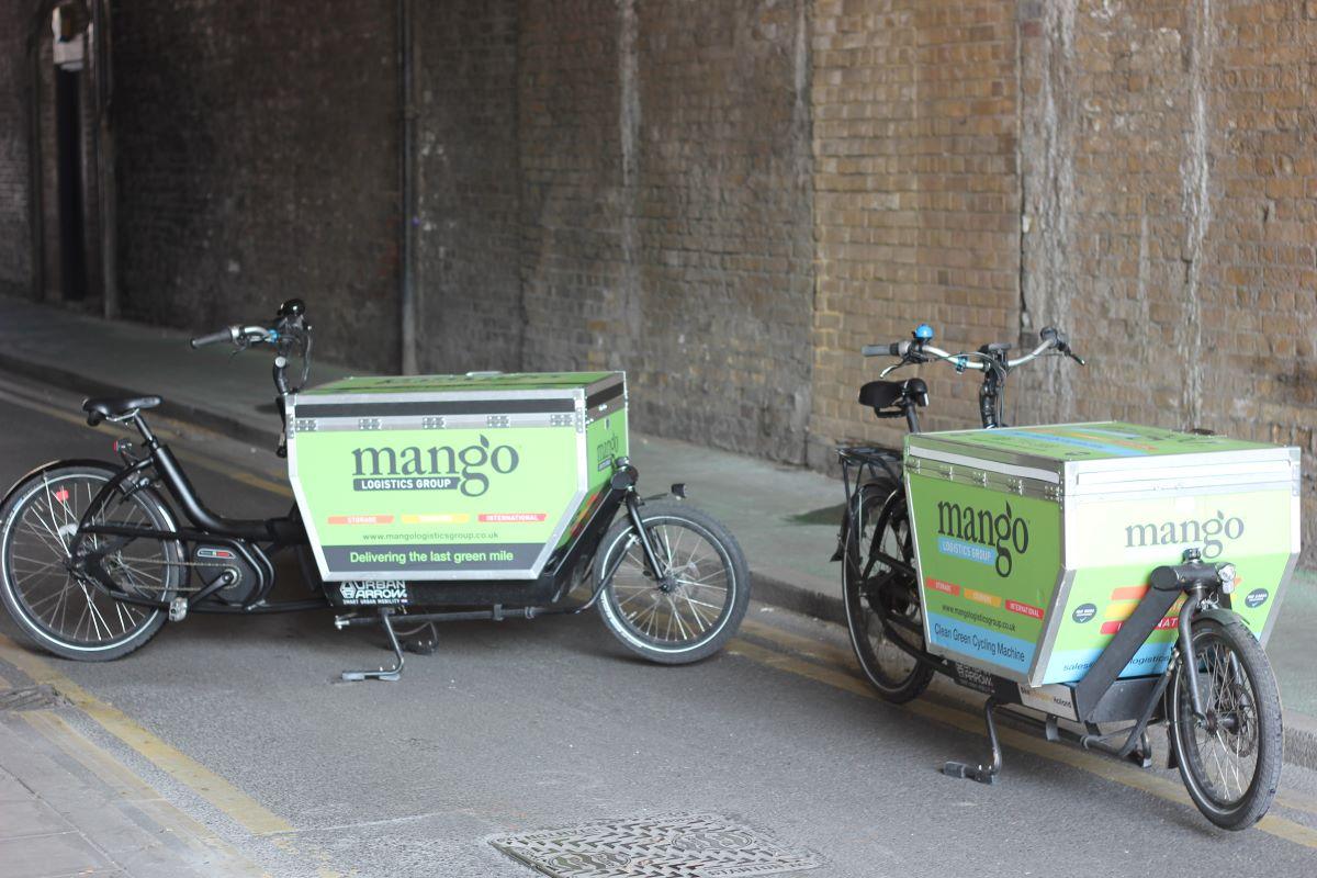 Mango ecargo bikes on street